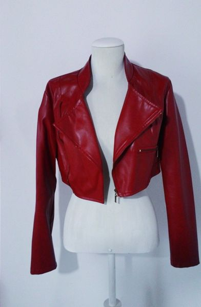 Crooped Jacket Red